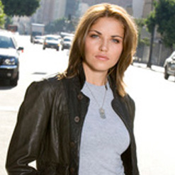 marika dominczyk brothers and sisters